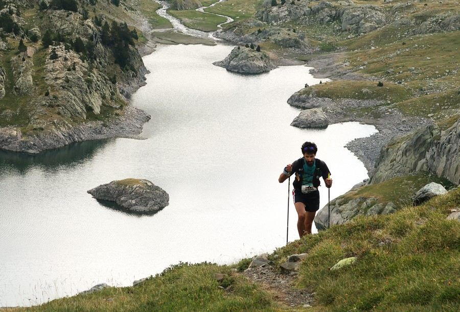 Un participante en el Trail Valle de Tena 2019. Foto de Jorge García-Dihinx