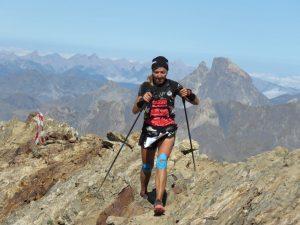Marta Vidal en la cima del Garmo Negro en la 8K del Trail Valle de Tena 2021. Fotografía de Monrasín